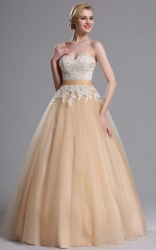 Ball Gown Floor-Length Sweetheart Sleeveless Tulle Appliques Zipper Dress