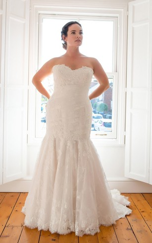 Informal Large Size Bridal Dresses Plus Figure Casual Style Wedding