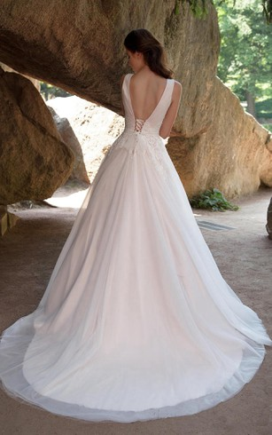 Short figure brides gowns small size women wedding bridals a line floor length v neck sleeveless deep v back tulle junglespirit Gallery