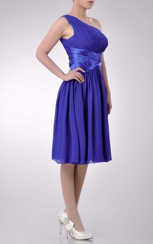 Knee-length One-shoulder A-line Chiffon Bridesmaid Dress With Satin Sash