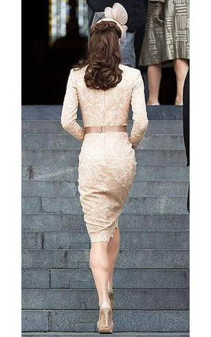 sheath Bateau Long Sleeves Lace Sash Knee-Length Dresses