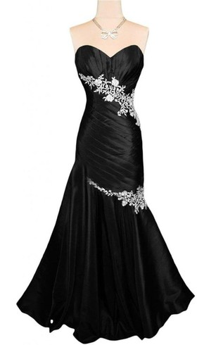 Sweetheart Ruched Long Gown With Appliques
