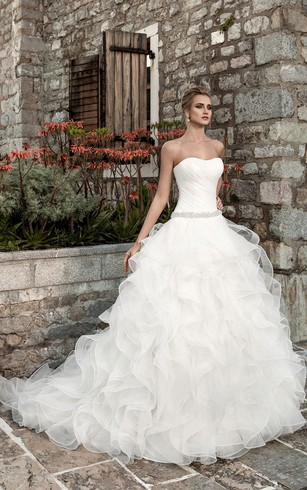Sleeveless Ruffled A Line Organza Wedding Dress With Ruching ...