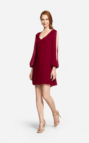 Fabulous Mini Sweetheart V-neck Chiffon Dress With Long Sleeves