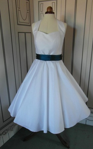 Tea Length Sleeveless A-Line Taffeta Gown With Satin Bow Sash
