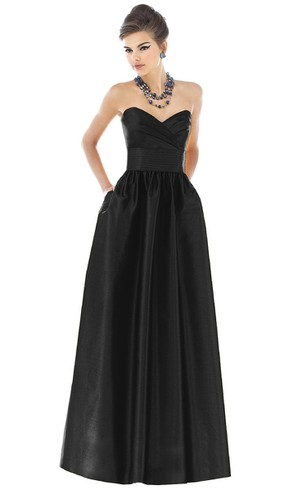 Enchanting Sweetheart Strapless Criss Cross Ruched Floor-length Satin Gown