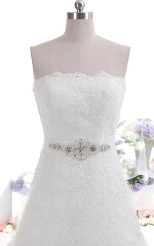 Strapless Scalloped Neckline A-Line Lace Dress With Beaded Sash