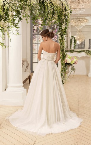 A-Line Floor-Length Sweetheart Sleeveless Corset-Back Tulle Dress With Criss Cross And Appliques