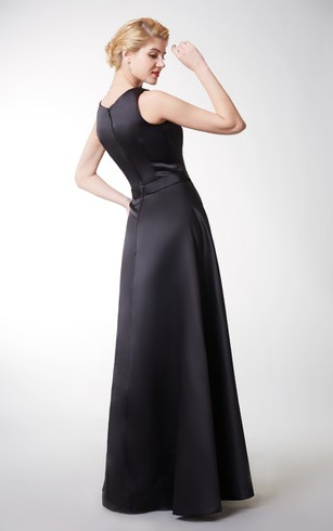 Exquisite Strapless Jewel Neck Long Satin Dress