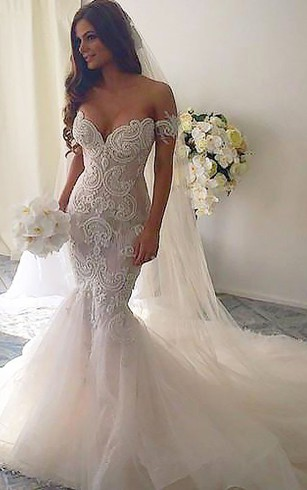 Stylish Mermaid & Trumpet Wedding Gowns | Fishtail Bridal Dresses ...
