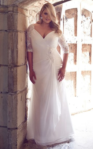 Sheath D V Neck Half Sleeve Chiffon Plus Size Wedding Dress With Broach