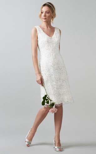 Midi V Neck Appliqued Lace Wedding Dress With Back