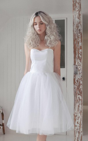 Tea Length Tulle Sweetheart Sleeveless Dress With Pleats