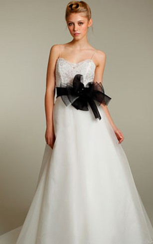 White And Black Bridal Dresses | Gorgeous Black Wedding Dresses ...