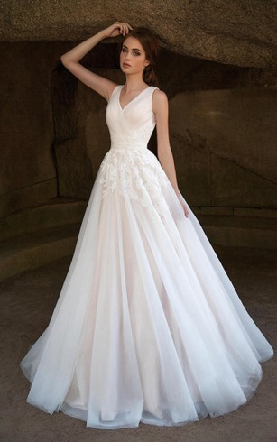 A Line Floor Length V Neck Sleeveless Deep Back Tulle