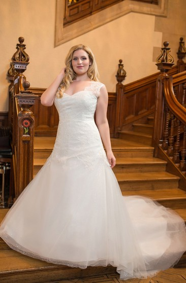5b15b04938 Delicate Long Sleeve Tulle Mermaid Wedding Dress With Appliques ...