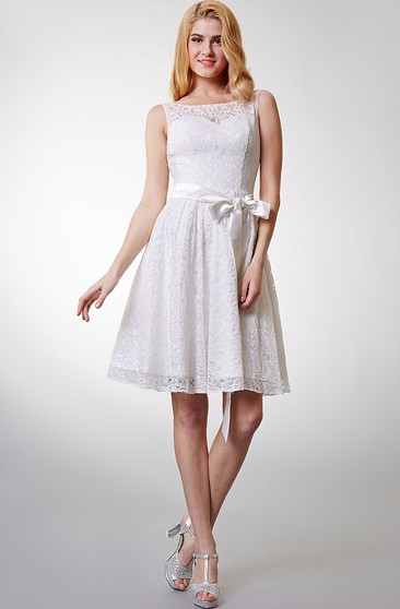 Lovely Sleeveless Short Lace Dress With Bow Sash