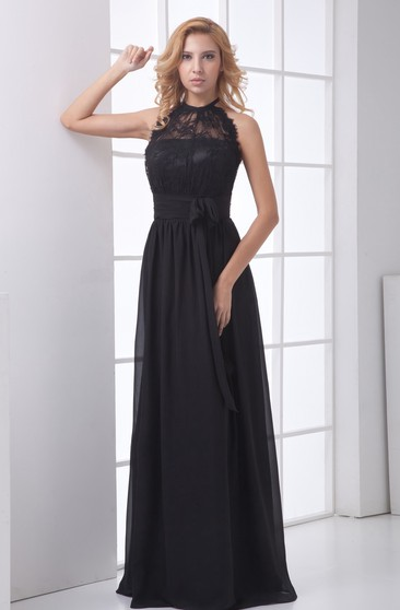 High-Neck Sleeveless Maxi Lace Dress With Bow