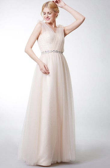 Sleeveless V Neck Pleated Long Tulle Dress With Applique Belt