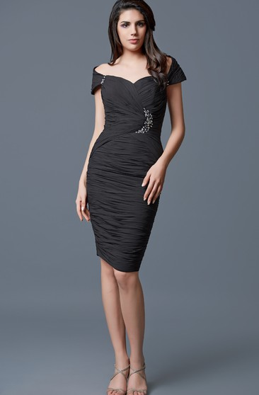Classic Off-shoulder Brooched Stretch Mesh Formal Dress