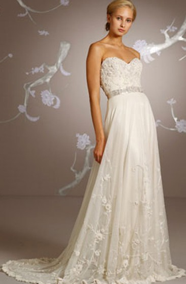 Demure Hand-beaded Embroidered Floor Length Dress With Scalloped Hem