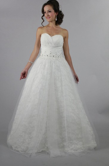 Sweetheart Lace A-Line Gown With Beadings and Tulle Overlay