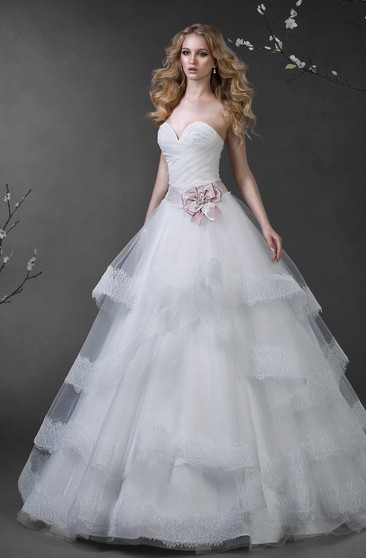 Ball Gown Maxi Sweetheart Sleeveless Lace-Up Tulle Dress With Tiers And Beading