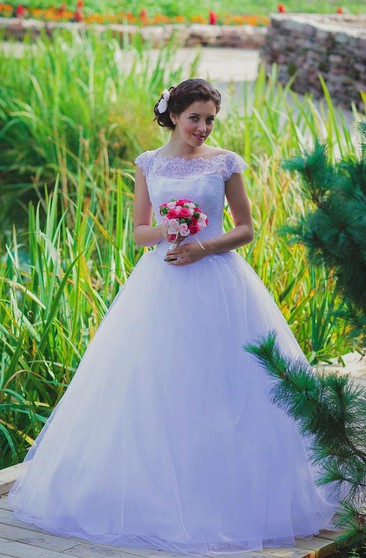 Cap Sleeve A-Line Tulle Ball Gown With Bateau Neckline and Lace Bodice