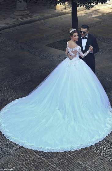 7a8ab82230 Gorgeous Lace Appliques Beadings Tulle Wedding Dress 2018 Long ...