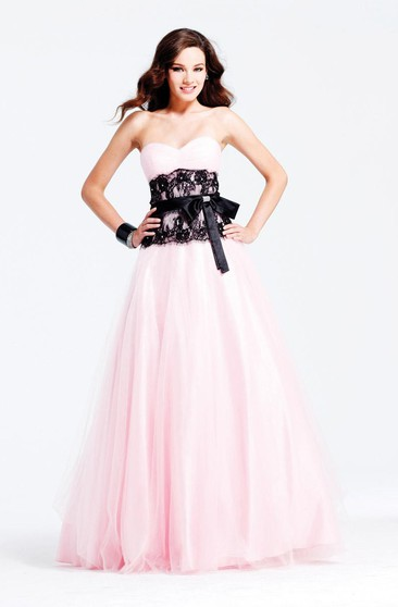d169bebd485 Sweetheart Black Lace Prom Dresses With 2018 Hot Bridalsmaid Pink Pleated  Tulle Bow Ruffle Gown
