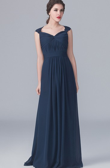 Lace Graceful Cap-Sleeved Gown With Back Keyhole