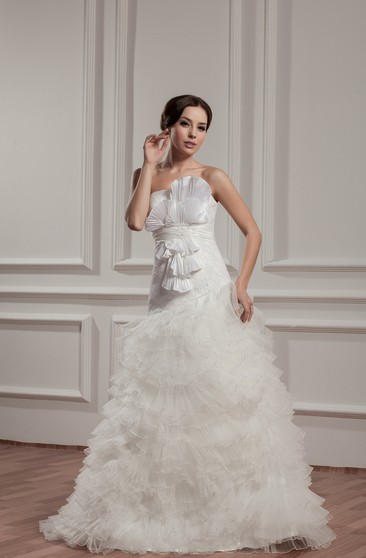 Sleeveless A Line Ruffled Tiers And Gown With Bow