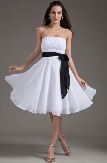Chiffon Strapless Knee-Length Dress With Sash and Bow