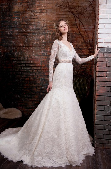 Trumpet Floor-Length V-Neck Long-Sleeve Low-V-Back Lace Dress With Appliques And Waist Jewellery