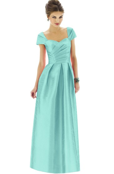 Long Sweetheart Satin Dress With Short Sleeves