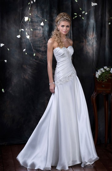 Sheath Floor-Length Sweetheart Sleeveless Corset-Back Satin Dress With Beading And Ruching