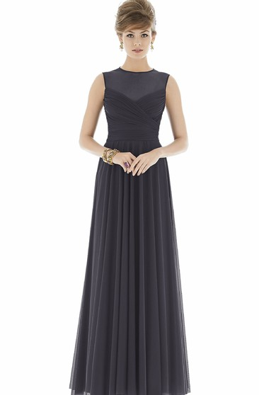 Feminine Sleeveless Pleated Floor-length Chiffon Dress With High Neck and Ruching