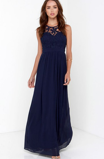 Chiffon Stunning Empire Gown With Keyhole Back
