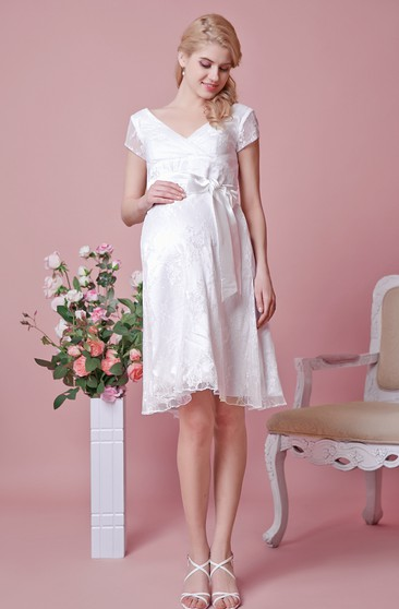 Cap Sleeve A-line Knee Length Lace Dress With Bow
