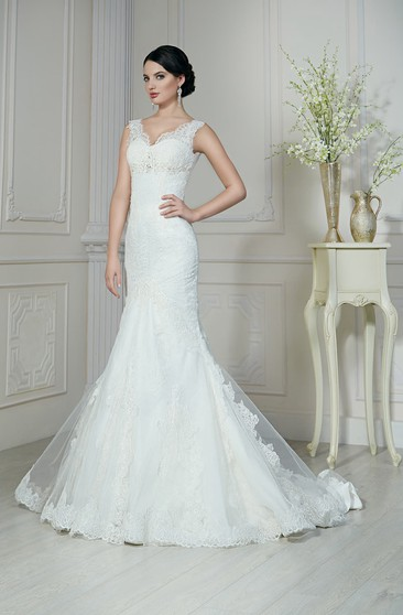 Trumpet Floor-Length V-Neck Sleeveless Corset-Back Lace Dress With Beading