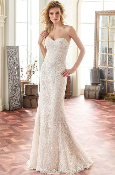 Sweetheart Floor-Length Beaded Lace Wedding Dress With Brush Train And V Back