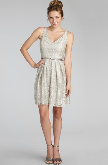 Short Lavish Lace Sleeveless Dress With V-Neck