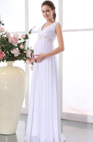 V-Neck Chiffon Maternity Dress With Pleating and Belted Waistband