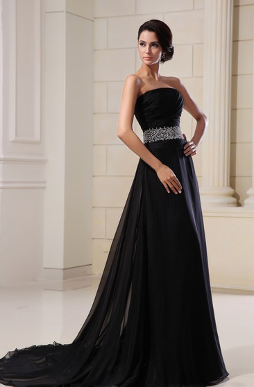 Wonderful Scalloped-Neck Chiffon Gown With Sequined Waist
