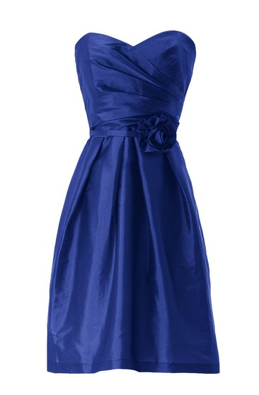 Sweetheart Asymmetrical Ruched Bodice Knee-length Satin Dress