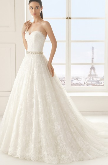 Sleeveless Sweetheart Lace A-line Dress With Beading Sash