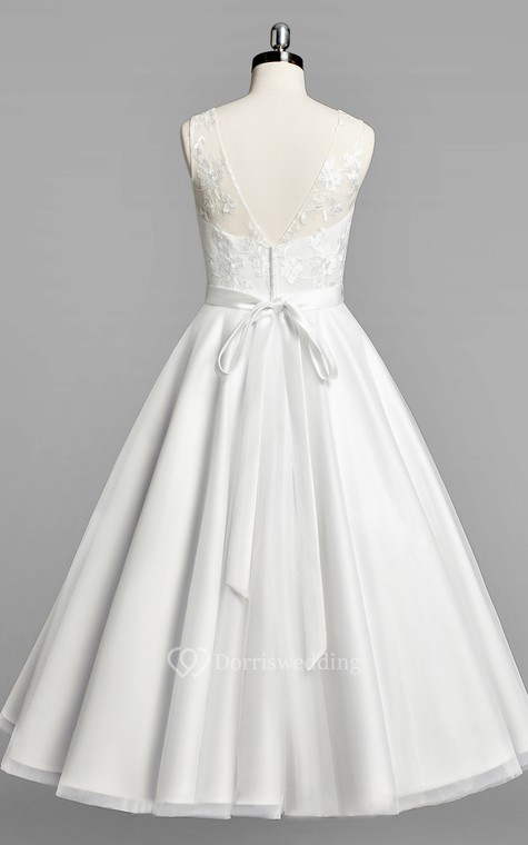 Scoop Neck Sleeveless A-Line Tulle Tea-Length Wedding Dress With Beaded Sash - 2