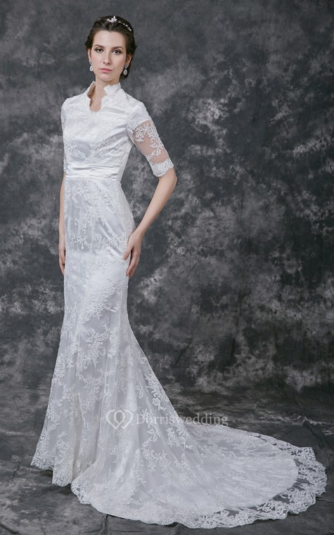 Vintage Scalloped-Edge Neckline Lace Bridal Gown with Half Sleeves - 1