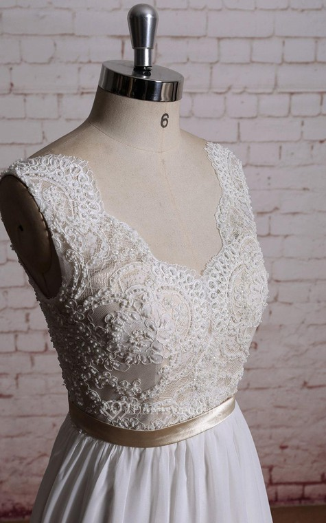 A Line Chiffon Sleeveless Dress With Lace Bodice And Satin