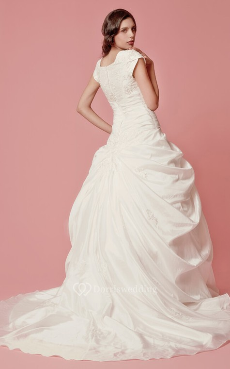 Romantic Pick-up A-line Taffeta Gown With Embroidered Neckline - 3